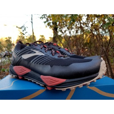 AH19 Cascadia 13 GTX Homme Black/Red/Tan