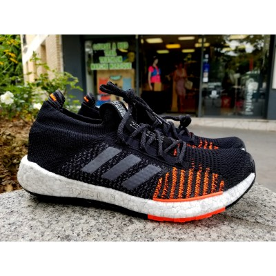 AH20 Pulse Boost HD Homme core black/grey five/solar red
