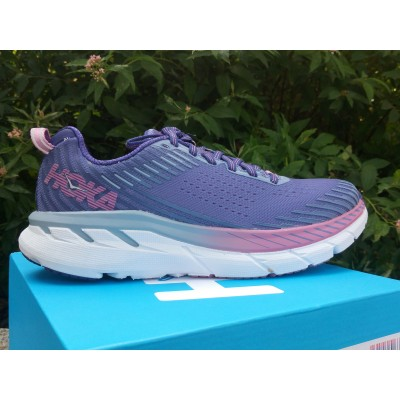 HOKA ONE ONE Clifton 5...